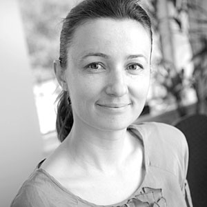 Dr Dzenana Kartal